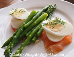 Hard-Boiled Eggs with Asparagus and Smoked Salmon