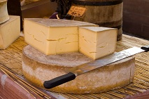 Calories in Gruyere Cheese