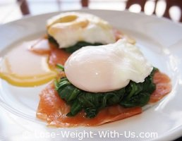 How to Cook Eggs Benedict